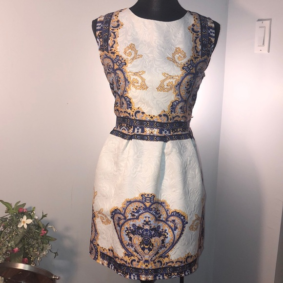 crfs Dresses & Skirts - Unique dress with blue and gold color